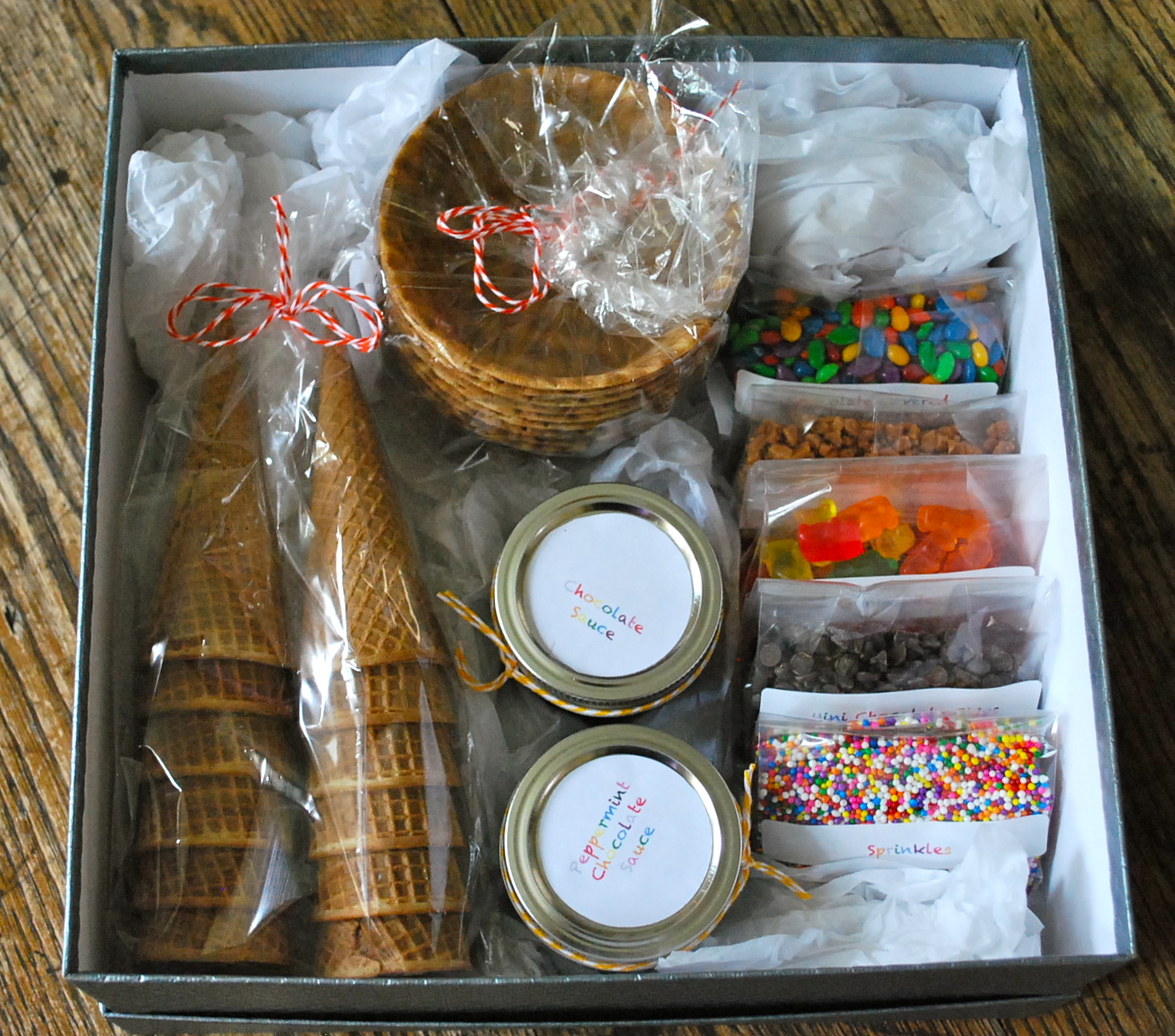 A pinterest christmas diy ice cream sundae kit the for Homemade christmas gift baskets for couples