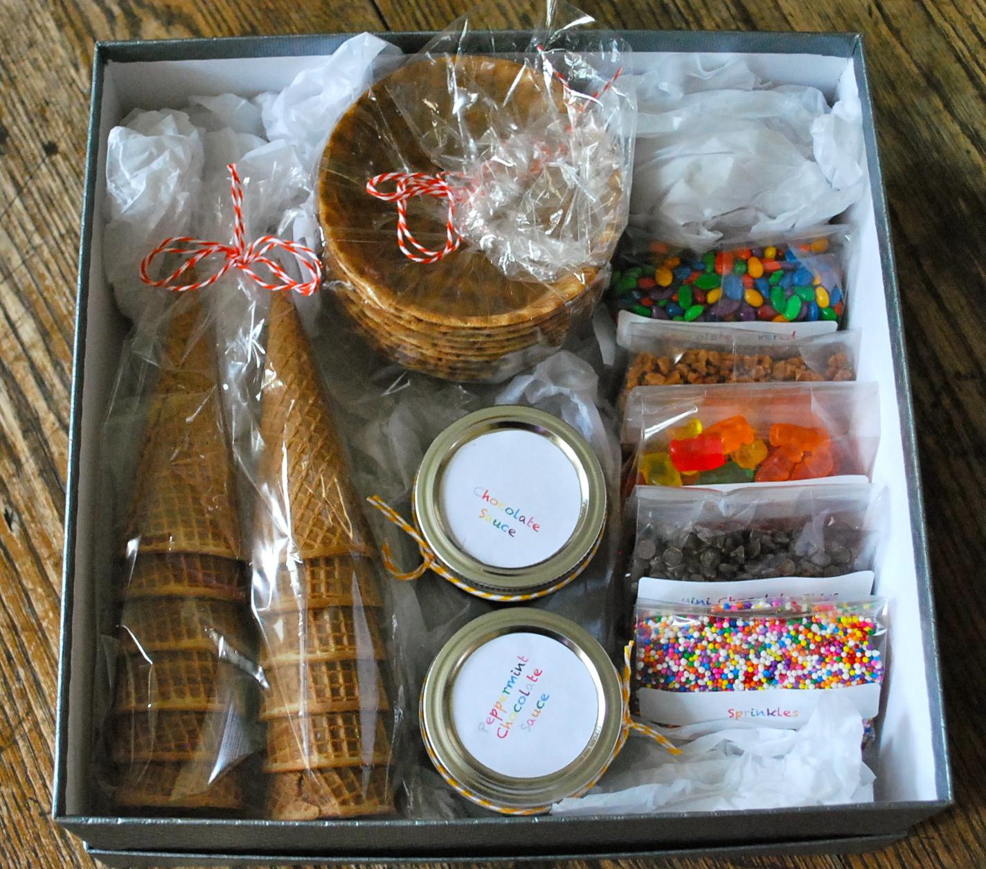Pinterest christmas diy ice cream sundae kit the gilbertson