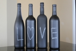 diy chalkboard wine bottles